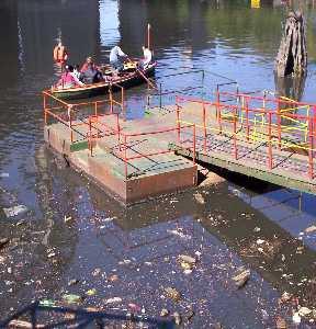 lagunas,rios,arroyos,muy contaminados