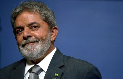 http://luduran.files.wordpress.com/2009/10/lula_da_silva.jpg